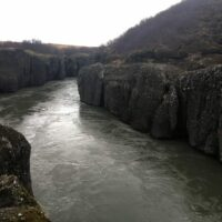 Der Fluß Hvítá in der Brúarhlöð-Schlucht