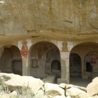 Dawit Garedscha: Höhle mit Fresken