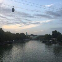 Tiflis: Seilbahn und Friedensbrücke